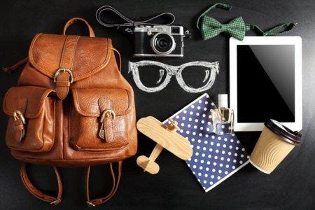 قائمة بما تحتاجه المرأة اثناء السفر