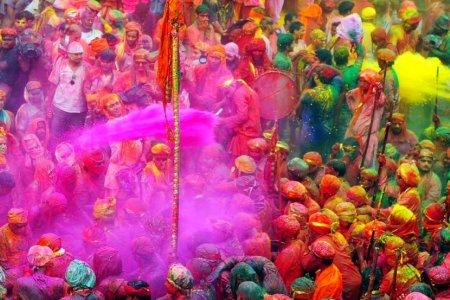 اغرب 5 احتفالات باعياد دينية حول العالم