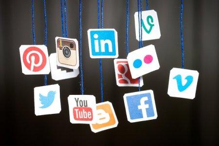 مواقع التواصل الاجتماعي هى المحرك لصناعة السفر في العالم
