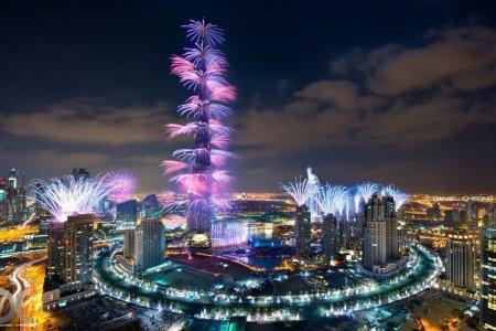 الاحتفال برأس السنة في برج خليفة
