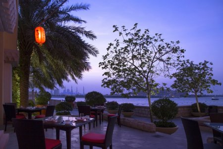 اطلالة مطاعم فندق شانغريلا الرائعة