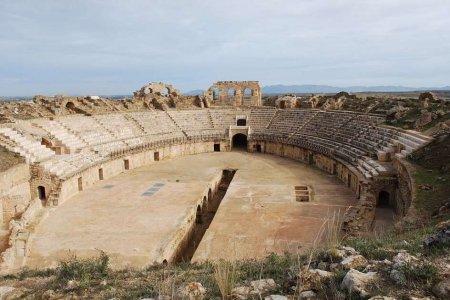 المسرح اليوناني بقرطاج