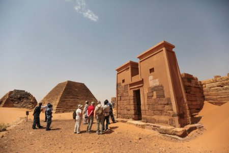 أهرامات مروى في السودان