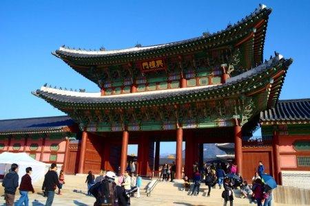 قصر تشانغدوك في سيول كوريا الجنوبية