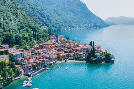 بحيرة كومو في إيطاليا