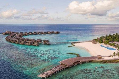 جزيرة فومولي المالديف