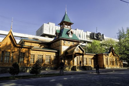 متحف الآلات الموسيقيةفي ألماتي - كازاخستان