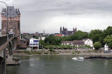 مدينة فورمس الألمانية