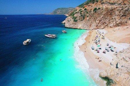 شاطئ باتارا في أنطاليا
