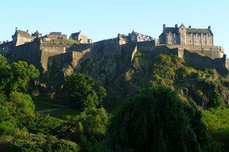قلعة ادنبره