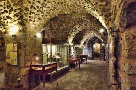 متحف الآثار في إربد