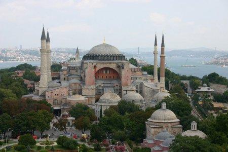 متحف آيا صوفيا في إسطنبول