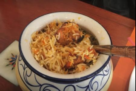 مطعم سبايس انديا في انترلاكن
