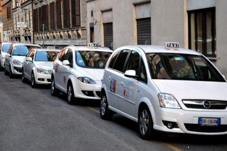 التاكسي في روما