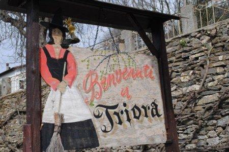 تريورا قرية الساحرات الإيطالية