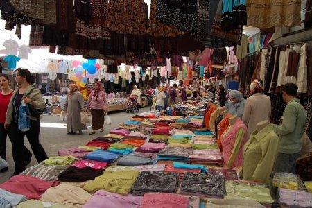 بازار الأربعاء في اسطنبول