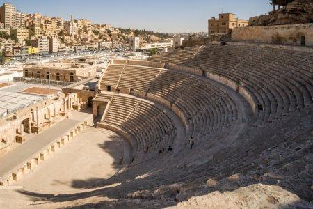 المدرج الروماني في الأردن