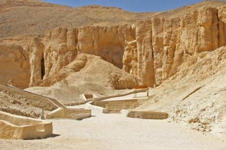 وادي الملكات في الأقصر - مصر