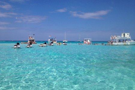 جزر توركس وكايكوس