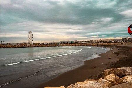 الغروب في شاطئ صابليت الجزائر العاصمة