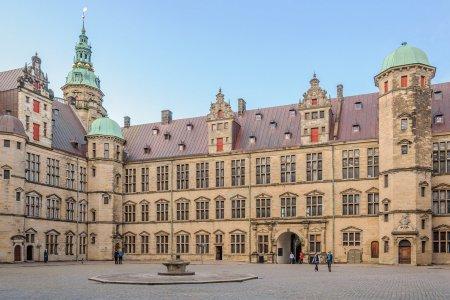 قلعة كرونبرج في الدنمارك