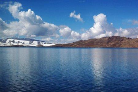 بحيرة تشينغهاي في الصين