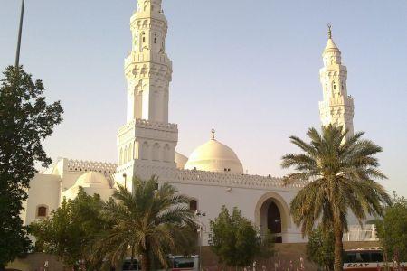 مسجد القبلتين في المدينة المنورة