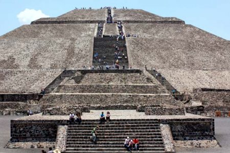 هرم الشمس في المكسيك