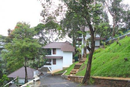 منتجعات فوريست كانوبي في كيرلا - الهند