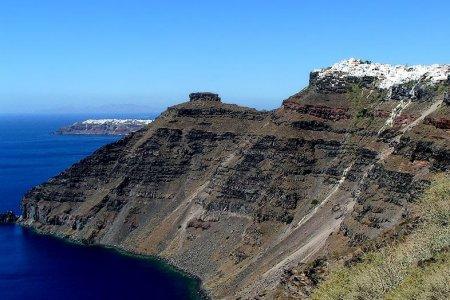 إيميروفيغلي في جزيرة سانتوريني