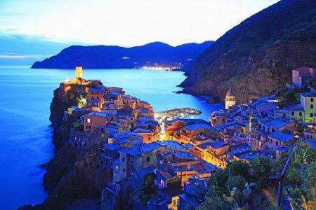 قرية فيرنازا السياحية في إيطاليا