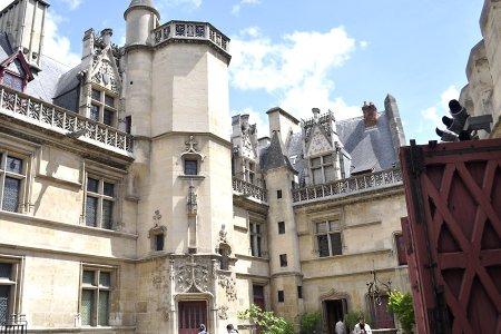 المتحف الوطني للعصور الوسطى في باريس
