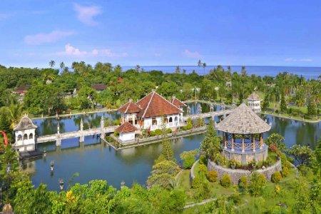 قصر تامان أوجونغ المائي في بالي