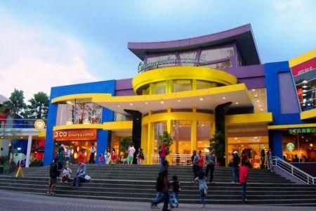 سوق كامبليسفي باندونق - إندونيسيا