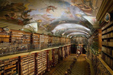 كلامنتينوم المكتبة الوطنية