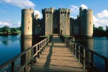 قلعة بوديام