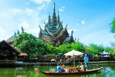 اركوب القوارب في تايلاند