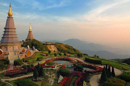 سحر الطبيعية في مدينة ماي هونغ سون في تايلاند