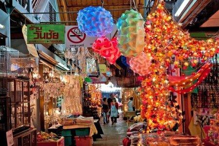 سوق تشاتوتشاك في بانكوك تايلاند