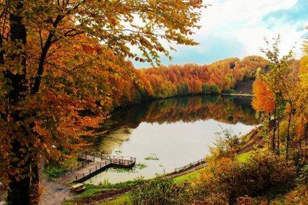 بحيرة أولوغول البرتقالية