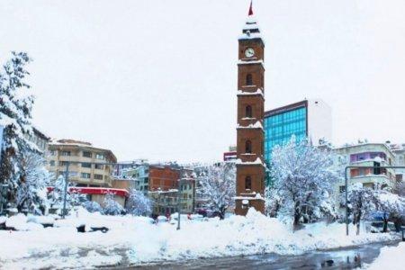 برج الساعة في مدينة سرت التركية