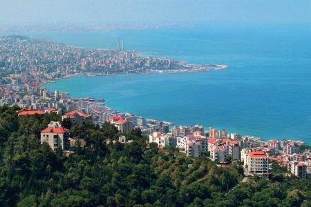 ساحل جونيه في لبنان