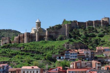 قلعة ناريكالا في تبليسي - جورجيا