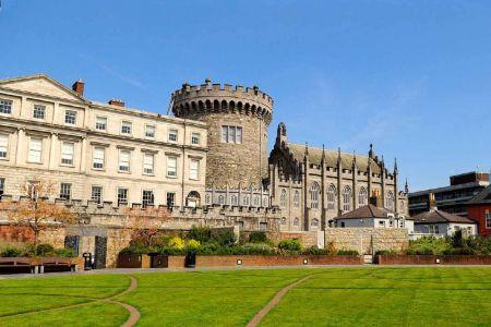 قلعة دبلن في أيرلندا