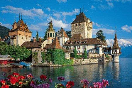 مدينة ثون السياحية في سويسرا
