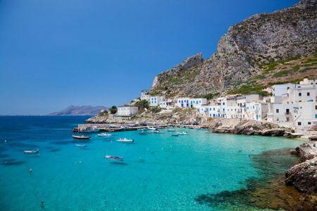 جزيرة مليطمة في إيطاليا