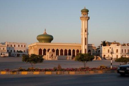 جامع الرواس في صلالة بسلطنة عمان