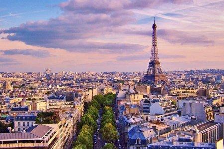 إطلالة على العاصمة الفرنسية