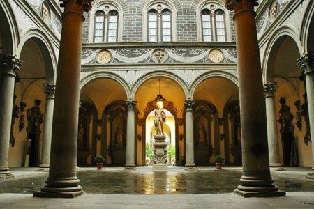 قصر ميديشي ريكاردي في فلورنسا