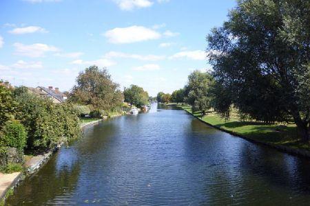 النهر كام في كامبريدج - المملكة المتحدة